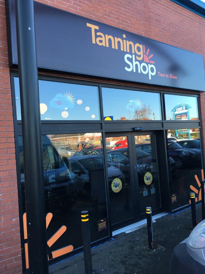 Tanning Shop - Derby 4